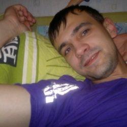 Парень ищет девушку/женщину в Вологде, которая поможет стать мужчиной. Хочу, что бы научила всему.
