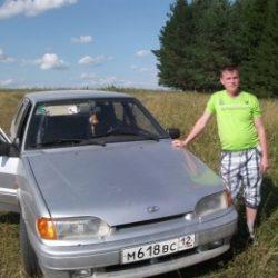 Парень ищет девушку для массажа на дому в Вологде